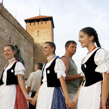 Több külföldi csoport is érkezik a Minden Magyarok Nemzetközi Néptáncfesztiváljára Gyulára