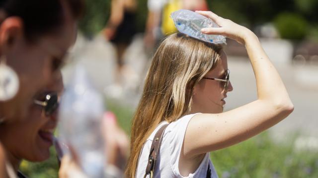 A hőség miatt ismét riadó van az országban