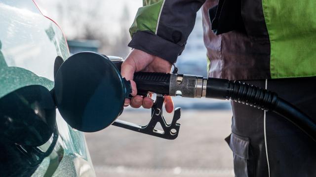 Alacsony maradhat-e az üzemanyagok adója?