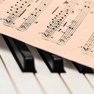 Ifjú zenészeknek hirdettek pályázatot