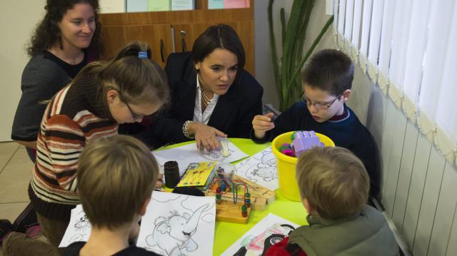 A harmadik és a további gyermekek után 1-1 millió forinttal csökkenthető a jelzálog-hiteltartozás
