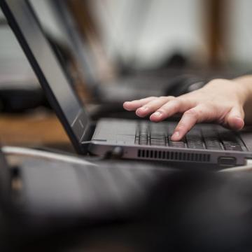 A jövő tanév végére minden iskolában lesz szupergyors internet