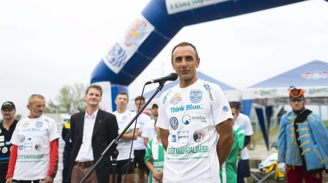 Hét nap alatt ússza végig a Dunát Hidvégi-Üstös Pál ultrasportoló