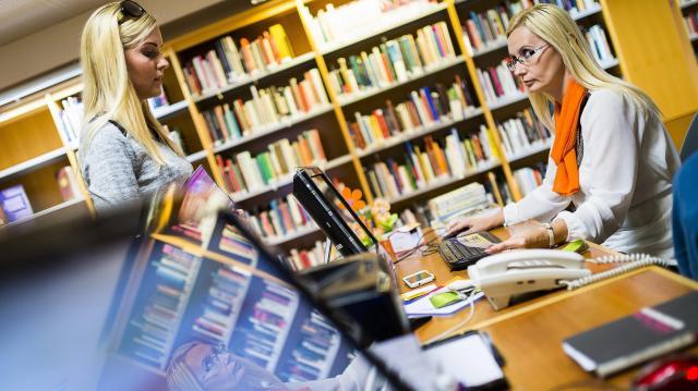 Péntektől él a téli nyitva tartási rend a könyvtárban