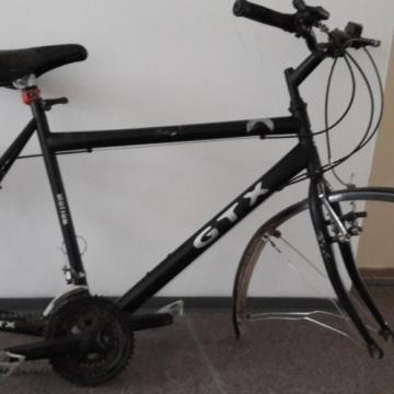 Kerekek nélkül lett meg az ellopott bicikli