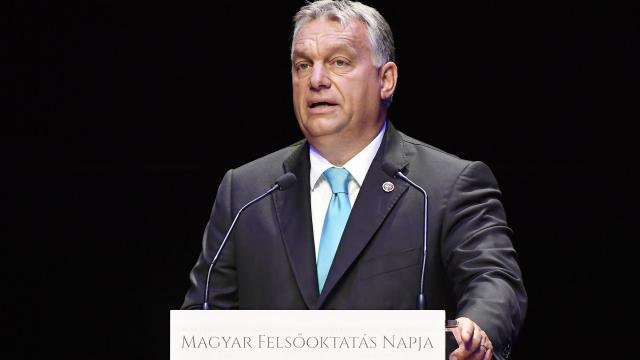 Orbán Viktor: segítünk a városnak