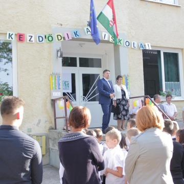 Sok pénz érkezett a kaposvári iskolákba