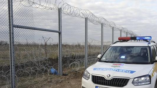 Ismét több tucat illegális migránssal szemben intézkedtek
