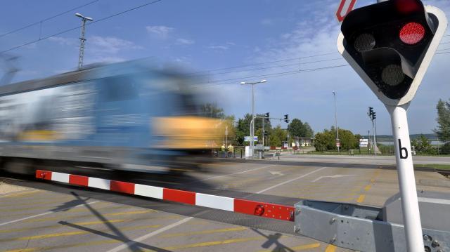 Pályafelújítás miatt módosul a menetrend, több helyen autóbuszok járnak