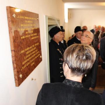 Kitelepítés 70, reformáció 500 – Miniszteri emléktábla-avatás Szőnyben