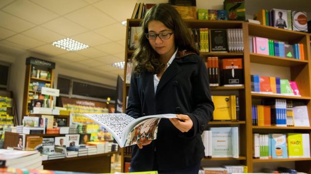 Könyvbemutatók, zenés programok és interaktív produkciók az Olvasás éjszakája