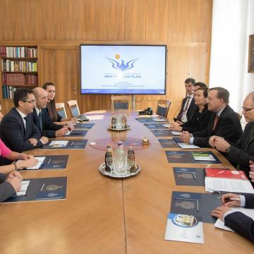Debrecenbe látogatott az ideiglenes amerikai ügyvivő