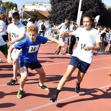 Ezer magyar iskola részvételére számítanak az Európai Diáksport Napján