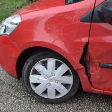 Koccanásos balesetet okozott egy idős asszony Esztergomban