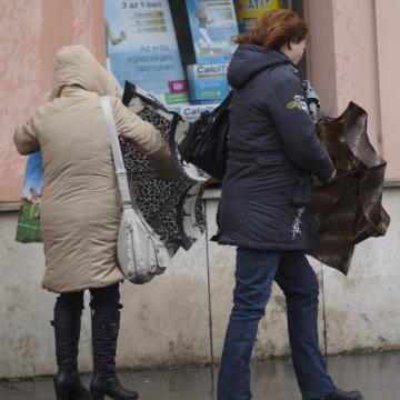 Sok esőre és erős szélre figyelmeztet a meteorológia