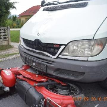 Súlyosan megsérült egy 85 éves motoros Tokodaltárón
