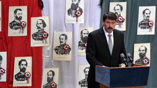 Aradi vértanúk - Országszerte megemlékezéseket tartanak a nemzeti gyásznapon