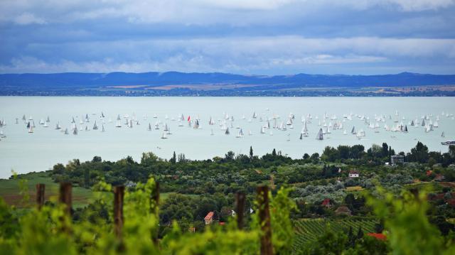 Szombaton rajtol a szóló Balaton-kerülő verseny