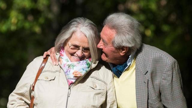 Így kapják meg a nyugdíjasok a prémiumot