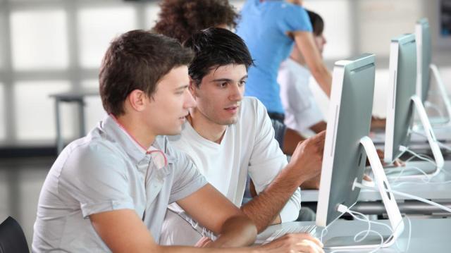 Már több mint 100 ezer fiatal lépett be az Ifjúsági garancia rendszerbe
