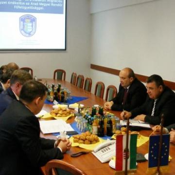 Nemzetközi együttműködésben közösen szolgálnak