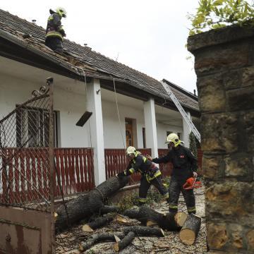Milliárdos kárt okozott az októberi vihar – Térségünkben is tombolt