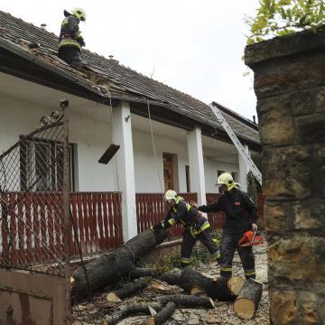 Több mint 300 millió forint kárt okozott a vasárnapi vihar