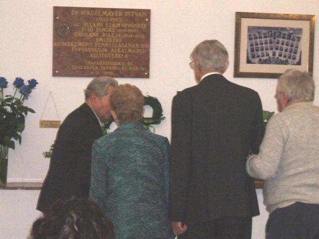 Hagelmayer Istvánra emlékezett a Balassa iskola
