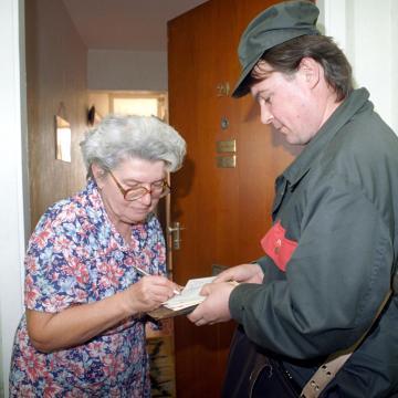 Ma kezdődik az emelt nyugdíjak kifizetése