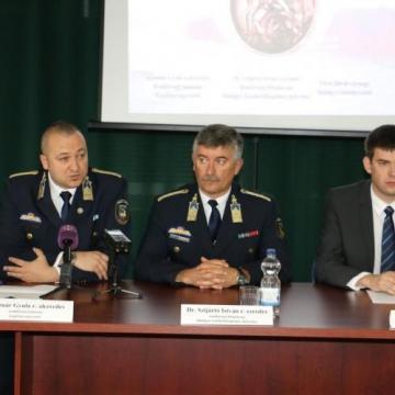 Előzetesben a Balaton-parti sorozatbetörés gyanúsítottja