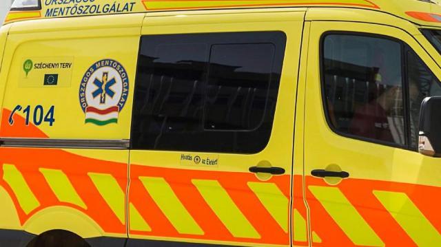 Gyalogátkelőn gázoltak el egy 13 éves lányt