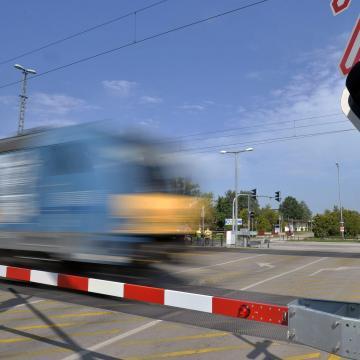 Olcsóbbak lesznek a vasúti e-vonatjegyek