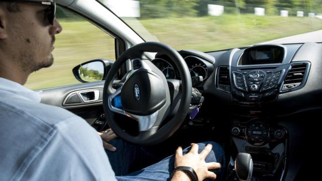 Önvezető autókkal végeztek 300 kilométeres tesztet Magyarországon