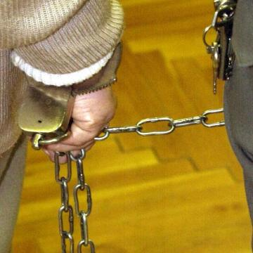 Tizenhat évet kapott a gyermekeit felgyújtani próbáló tiszaroffi férfi
