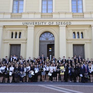 Csábítja a középiskolásokat a Szegedi Tudományegyetem