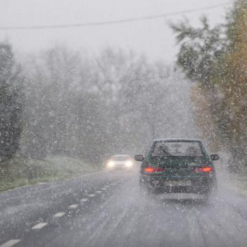 Havazásra és sok esőre figyelmeztetnek több megyében is