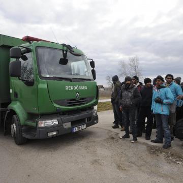 47 határsértőt tartóztattak föl a hétvégén