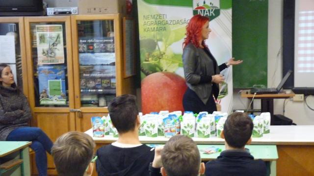 A gyerekek most tanulják meg, hogy a helyi terméknél nincs egészségesebb