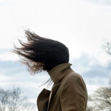 Viharos szél és rekordközeli meleg jön