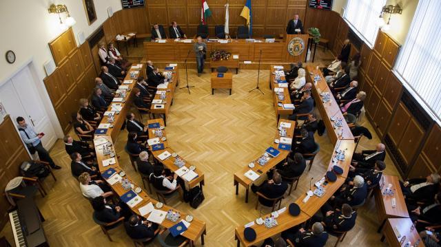 A pécsi közgyűlés megszavazta a visszatérítendő kormánytámogatásról szóló megállapodást