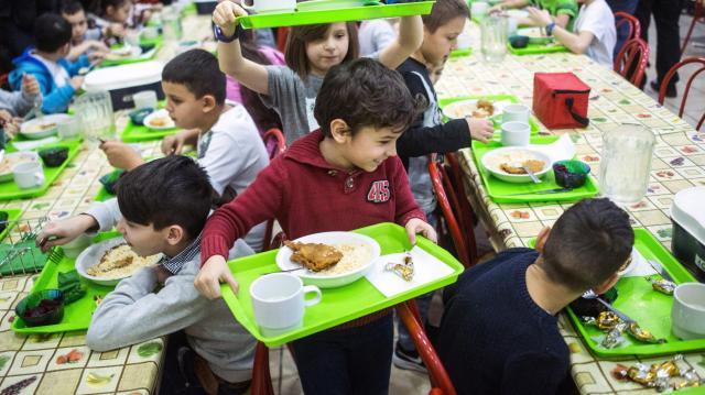 A téli szünetben is kapnak meleg ételt a rászoruló gyerekek