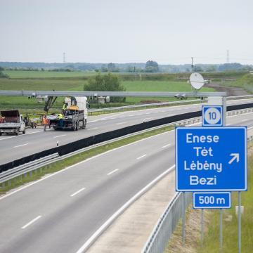 Átadták az M85-ös gyorsforgalmi út Csornát elkerülő szakaszának második ütemét