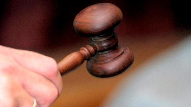 Tízmilliót raboltak el egy pécsi vállalkozótól - Vádat emeltek az ügyben