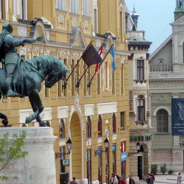 Több mint 9,5 milliárdos visszatérítendő támogatást kap Pécs