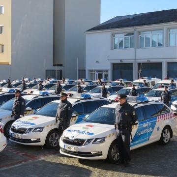 61 új rendőrautó állt hadrendbe Zalában