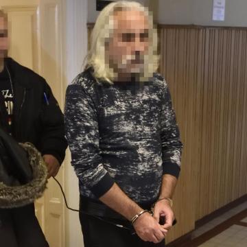 Elrendelte a bíróság a csengelei lövöldözéssel gyanúsított férfi letartóztatását