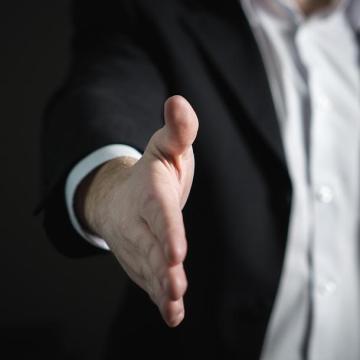 Hétpróbás csalók, akik máig hirdetik a tevékenységüket