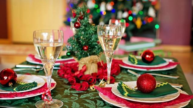 Klasszikusok karácsonykor: hal, bejgli, bor