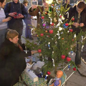 Meghosszabbítható-e permetezéssel a karácsonyfa élete?