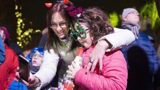 Országszerte tízezrek ünnepelték az utcákon a szilvesztert